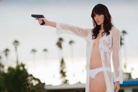 CELEBS NUDE: Sara Malakul Lane(Actress Kickboxer Vengeance