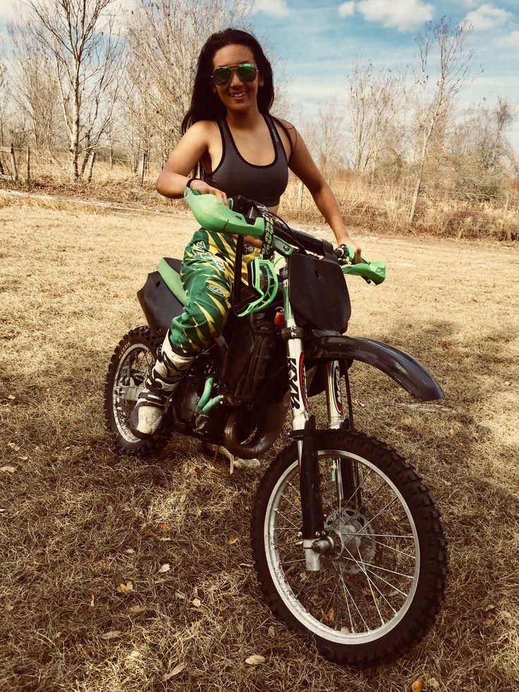 Moto-Girl ✊✊✊ #motogirl #dirtbikes #kx100 #kawasaki #motocross