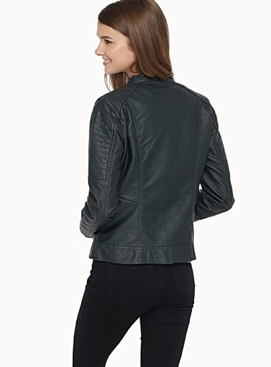 Only at Twik   Opt for a soft faux-leather jacket for an impeccable rocker look!   Quilted panels on the shoulders   Decorative zip pockets at the front   Thin lining    The model is wearing size small