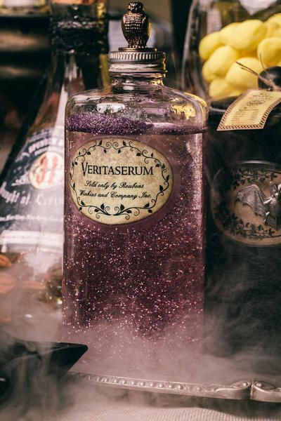 """DIY Harry Potter Potions for Halloween: Veritaserum"" I hate glitter, but it's perfect for potions."