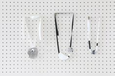 ダイソー100均の樹脂粘土で大人の工作 モノトーンネックレスの作り方