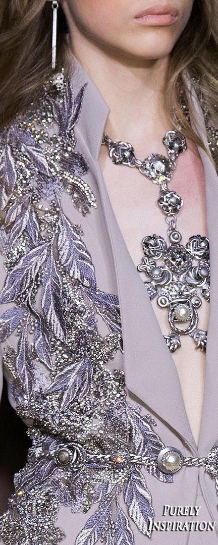 Elie Saab (details) Spring 2016 Haute Couture (details)  | Purely Inspiration