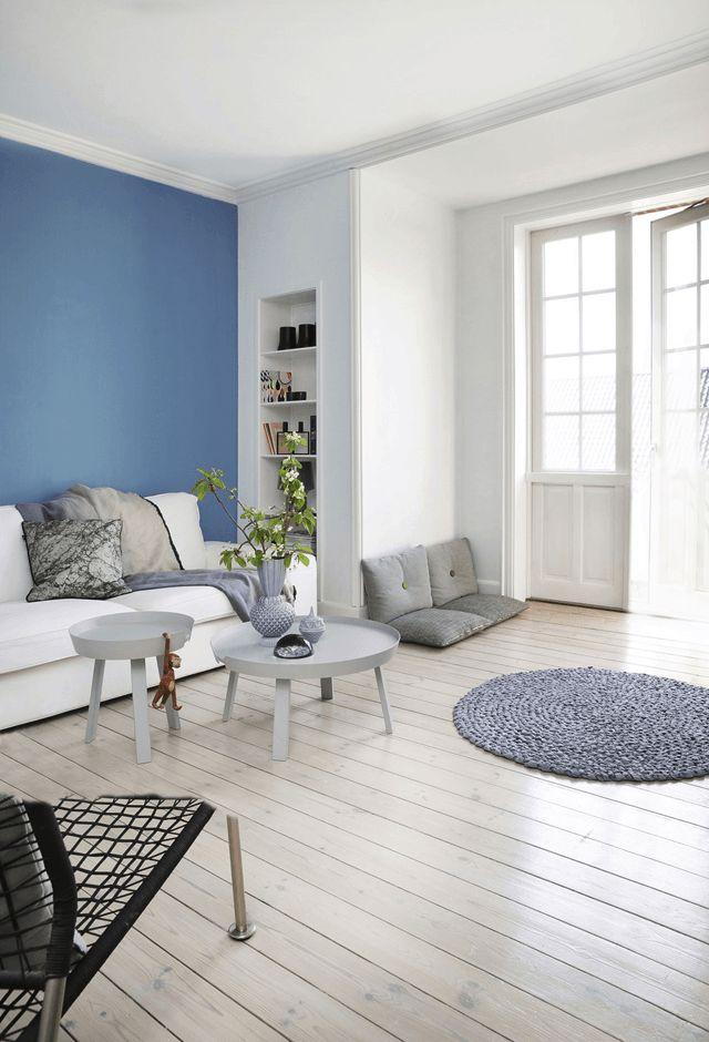 Binnenkijken   Scandinavisch wonen in wit en blauwtinten - Woonblog…