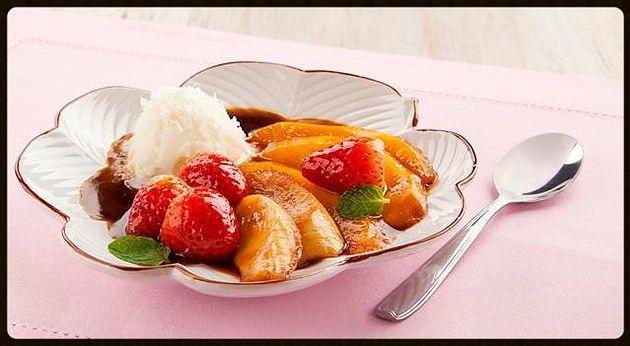 Frutas flambadas com sorvete de coco | Comer e Beber Bem/Gastronomia/Bares/