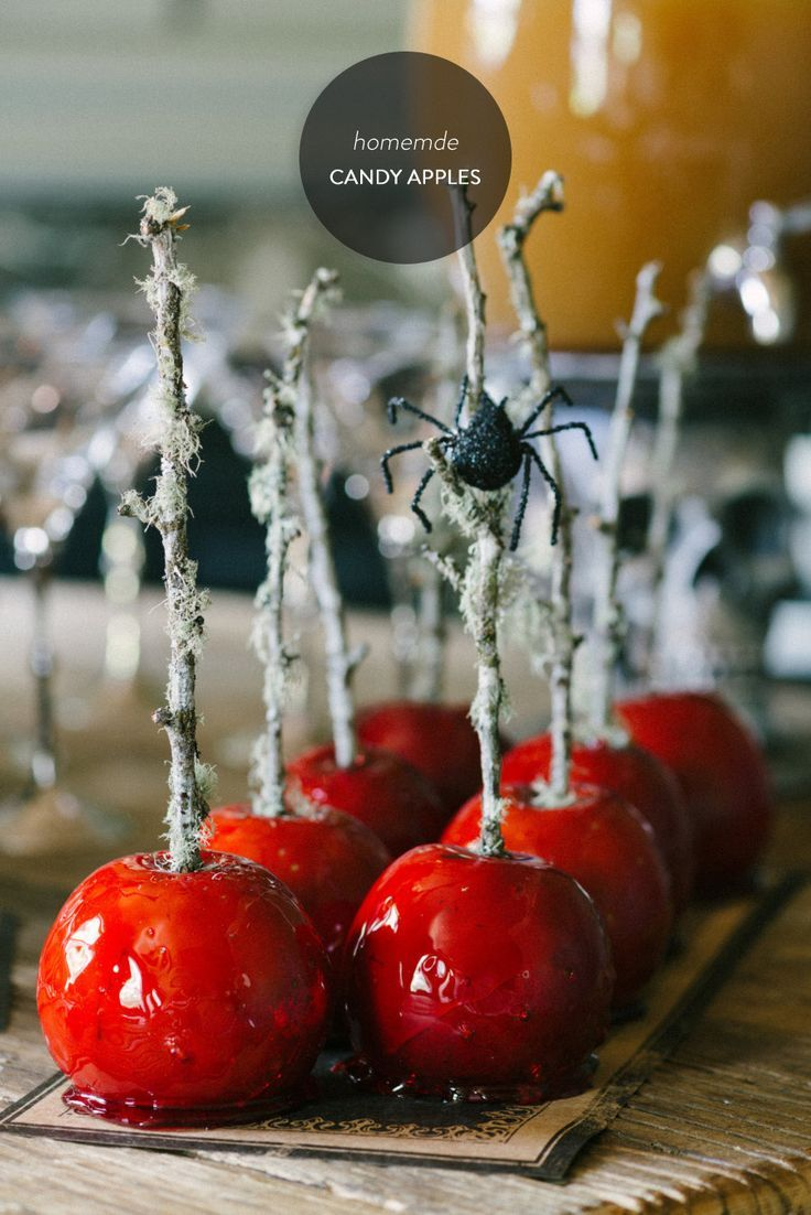 delightful finds & me blog, halloween food recipes, candy apples, toffee apples,