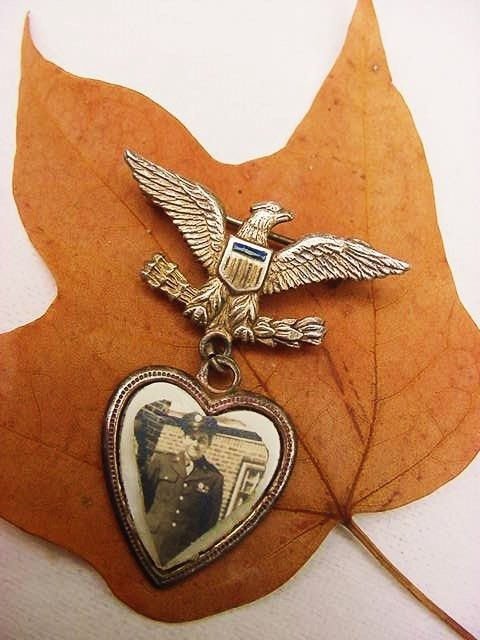 WW2 Vintage Sweetheart Patriotic Photograph Soldier Military Army Pin Heart & Eagle Sterling Silver WWII