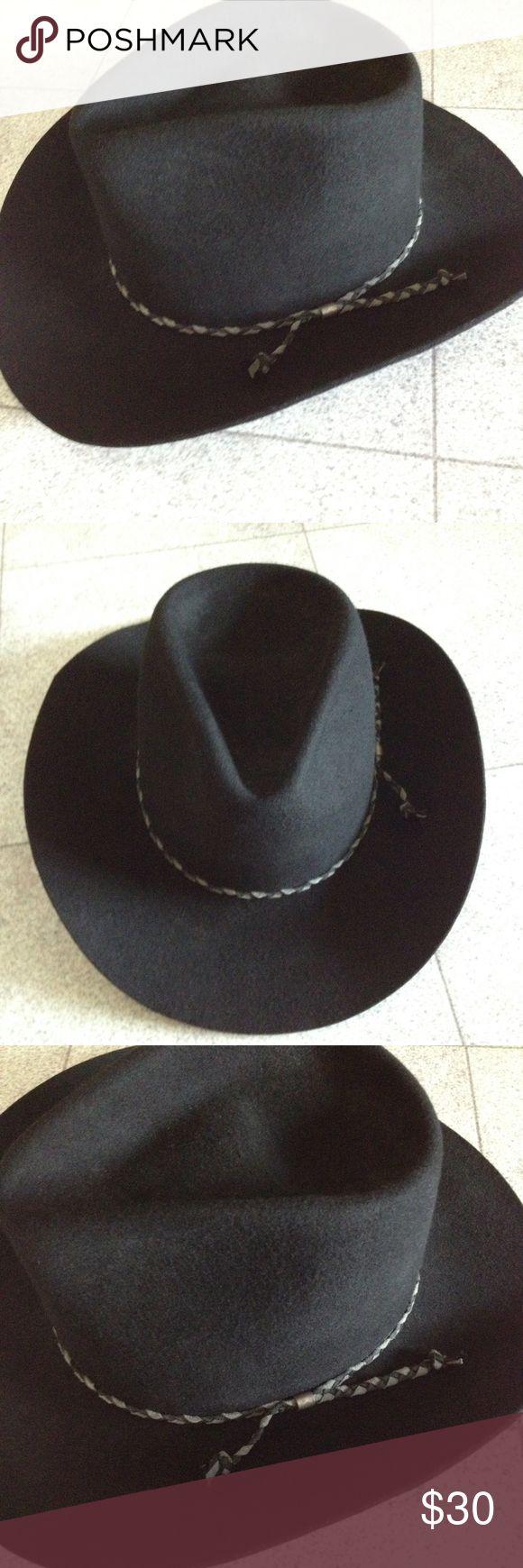 """Bronco Black Wool Western Cowboy Hat 100% Virgin Wool. 5"""" crown. Lined. Gently worn. Bronco Mister-Felt Accessories Hats"""