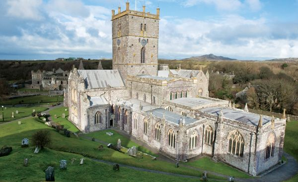ST. DAVIDS CATHEDRAL PEMBROKESHIRE, WEST WALES, WALES St. David is Wales's patron saint, and the cathedral devoted to him is hidden away i...