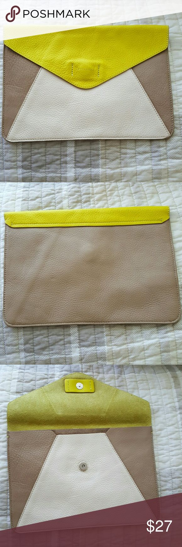 Clutch bag LEATHER clutch bag, perfect for dates. Very good condition, got it as a gift. With every purchase you will get a little cute GIFT for Free. ? Trade - yes GAP Bags Clutches & Wristlets