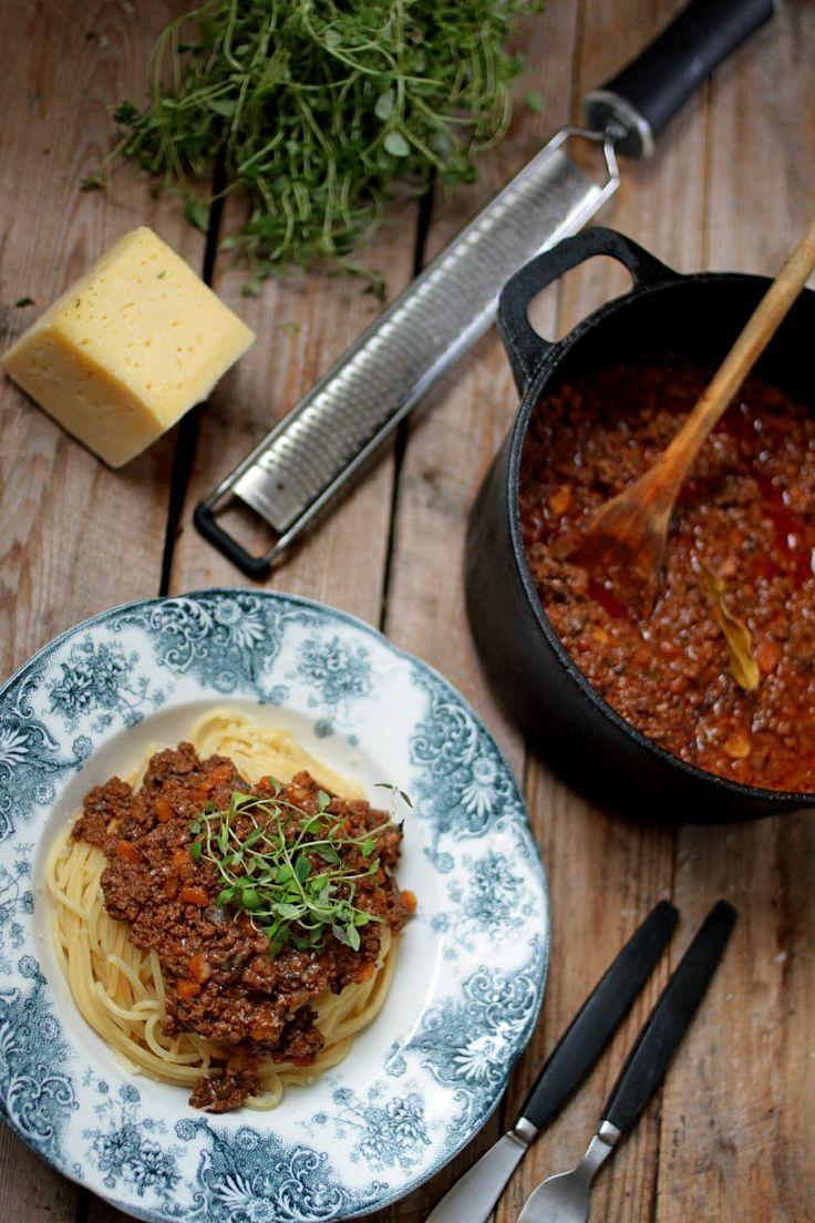 Pasta bolognese på viltkött och kantareller.