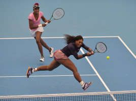 """Serena Williams & sister Venus edged in 3-set thrilling opener 6-7, 6-4, 11-9. #VeeRena even held 2 MPs in their doubles match v Chan Hao-ching & Liezel Huber at the China Open in Beijing, Sept 30, 2013. Serena on Venus: """"I think Venus is the greatest player I've ever played,"""" .. """"To me she's capable of anything. So I would never say that she isn't capable of becoming a top player again, no more than I'd say I wouldn't be."""" <3 <3 #TeamWilliams"""
