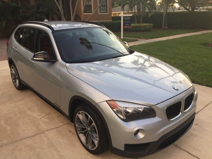 2013 BMW X1 SPORT LINE PACKAGE~SPORT SEATS~CLEAN CARFAX~ 2013 BMW X1 SPORT LINE~2.8i S LINE~SILVER/RED LEATHER~LOW MILES~CLEAN CARFAX~FLA