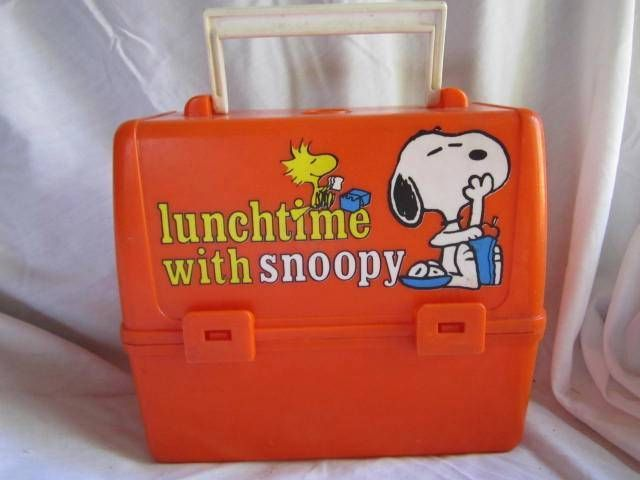 VINTAGE 1978 LUNCHTIME WITH SNOOPY SCHOOL DAYS PLASTIC LUNCH BOX PEANUTS GANG