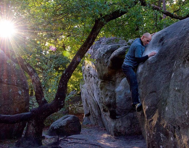 Bouldern in Bleau mit Sonnenuntergang  #bouldering #fontainebleau #fsthltn #bleau