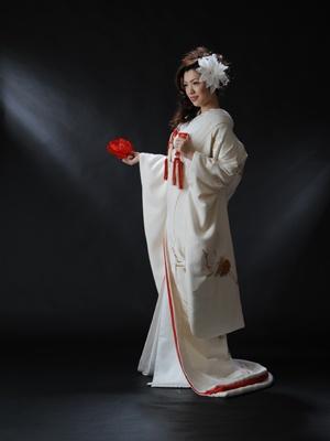 Beautiful Japanese kimono - wedding - bridal - white