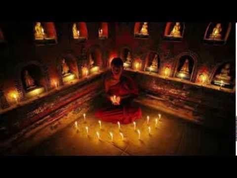 Música ideal para una sesión de Reiki, o meditación. Musica del compositor Guna Sangah y de George Raphael que invita a que la energía…