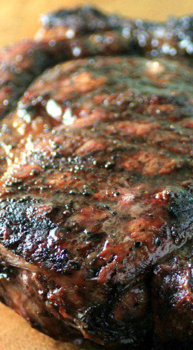 Peppercorn sauce, Grilled steaks and Steaks on Pinterest