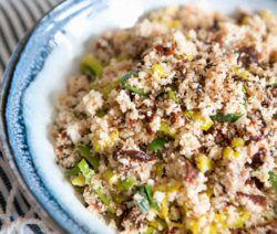 Opzoek naar een gezond bijgerecht? Bekijk dan al onze heerlijke koolhydraatarme groente gerechten. Bijvoorbeeld een courgette pasta of rode bietensalade.