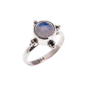 Ajna Moonstone Ring | .925 Sterling Silver | £28 | www.nakedfaun.com