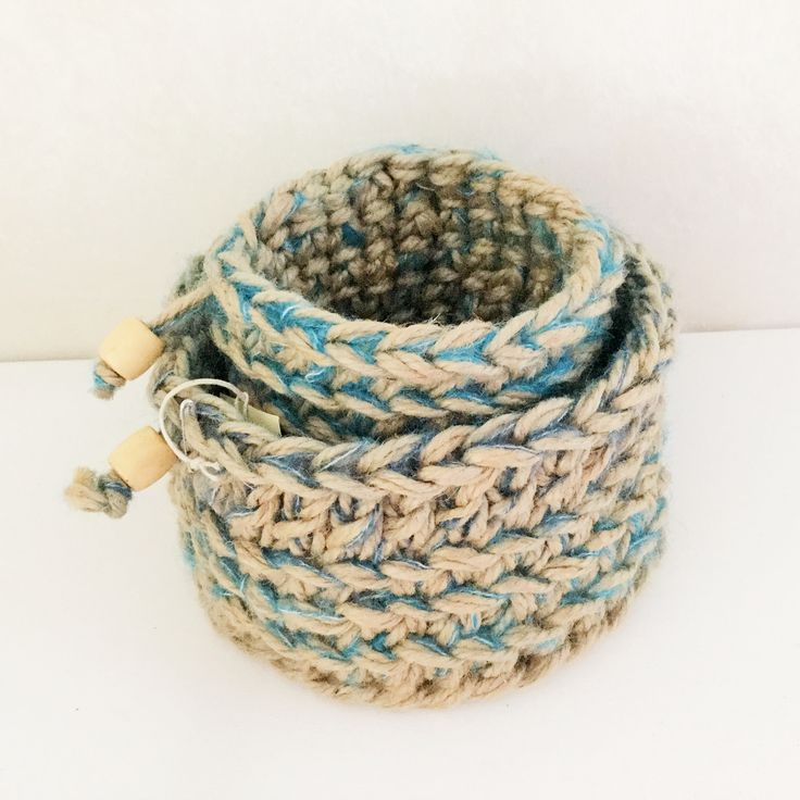 Jute and colourful yarn make a great combination!