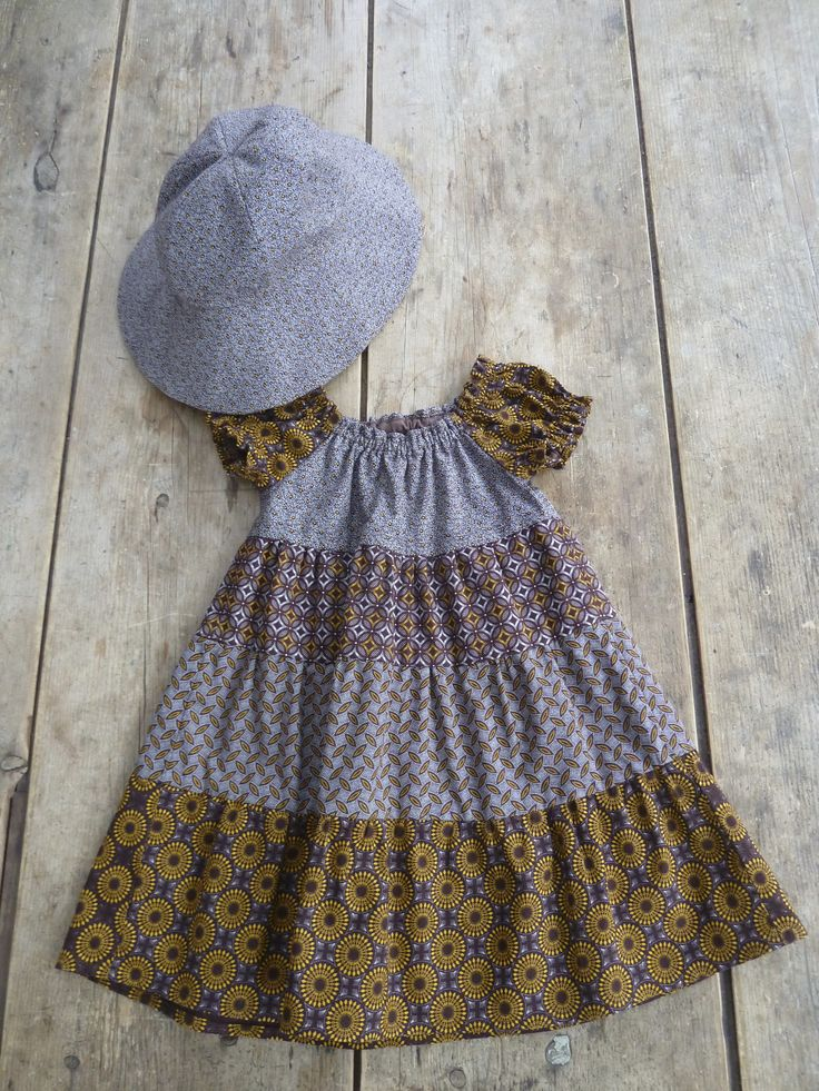 Infant's dress and sun hat made of Shweshwe