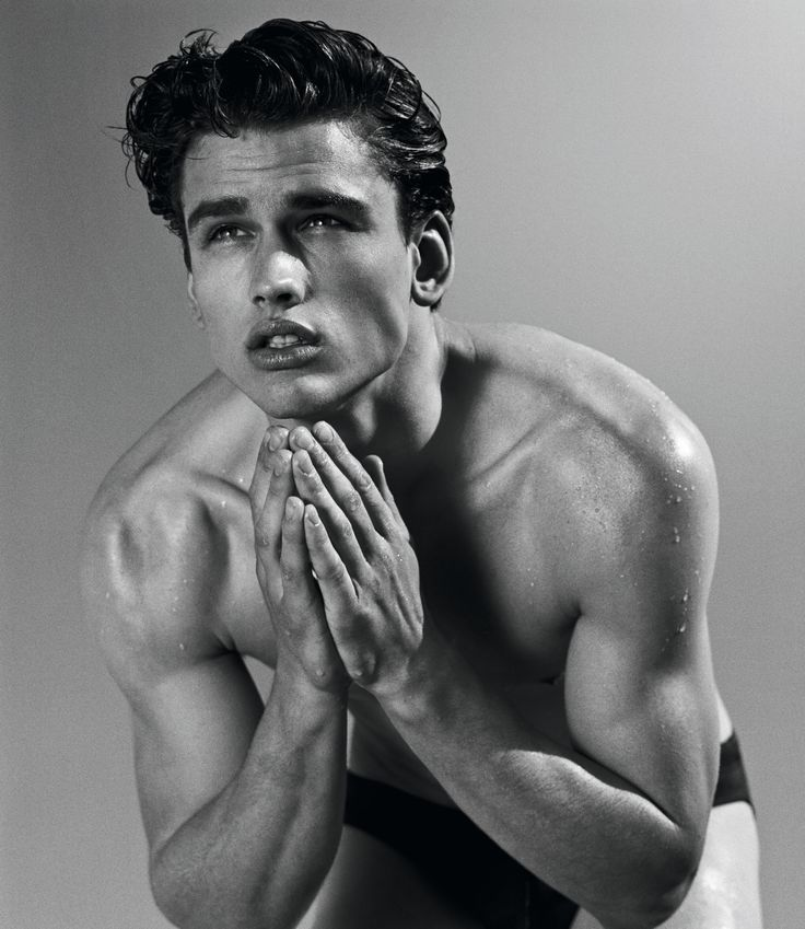 Simon Nessman for Acqua di Giò Essenza. visit armanibeauty.com to learn more.