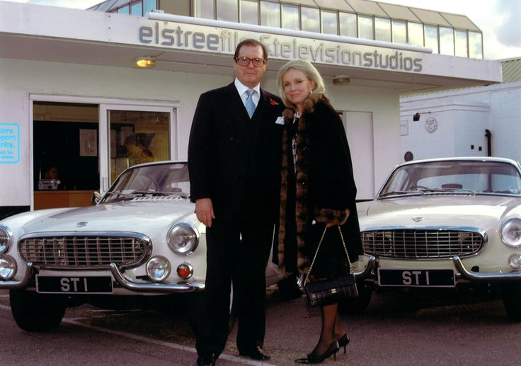 Roger Moore with The Saint Volvo | P1800 ST1 | Pinterest | Saints, Volvo and Roger moore
