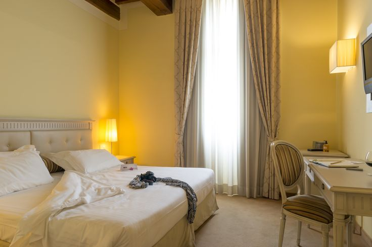 Enjoy a night's comfort while in Tuscany! Hotel Certaldo is right in the middle of all the main Tuscan art cities BUT very well connected, also by train (train station is only 5 minutes on foot). Who said Tuscany is only rustic? #certaldo #hotel #hotelcertaldo #tuscany www.hotelcertaldo.it