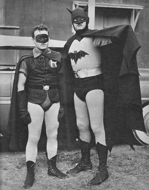 vintage everyday: Cool Vintage Photos of Batman and Robin, c.1943