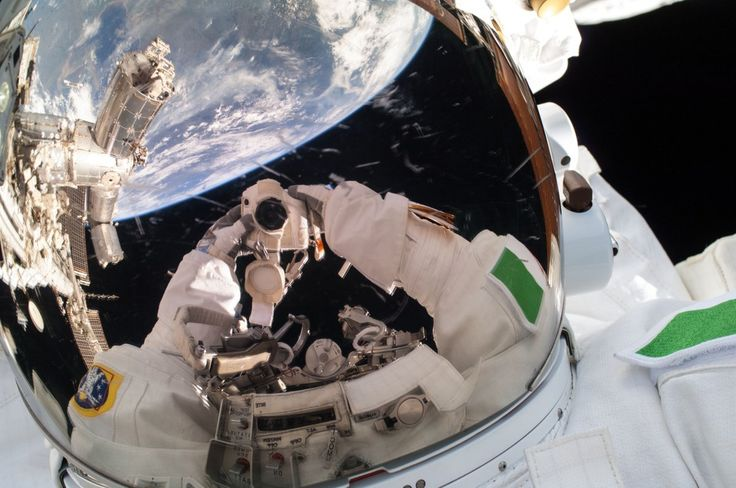 #OnThisDay in 2013, worlds are revealed when Italian astronaut Luca Parmitano snaps a selfie outside the International #Space Station.