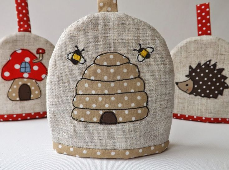 SewforSoul: Applique 'Bee Hive' Egg Cosy with Freestyle Machine Embroidery.  Cute Woodland Theme.