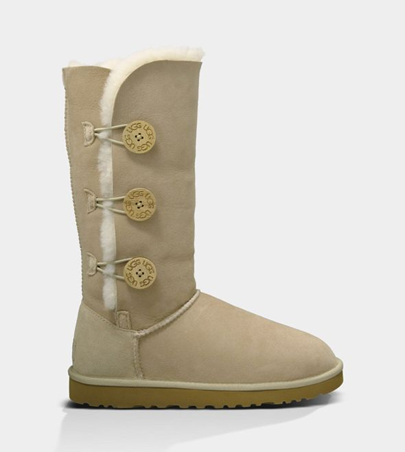 UGG BAILEY BUTTON TRIPLET SAND FOR WOMEN