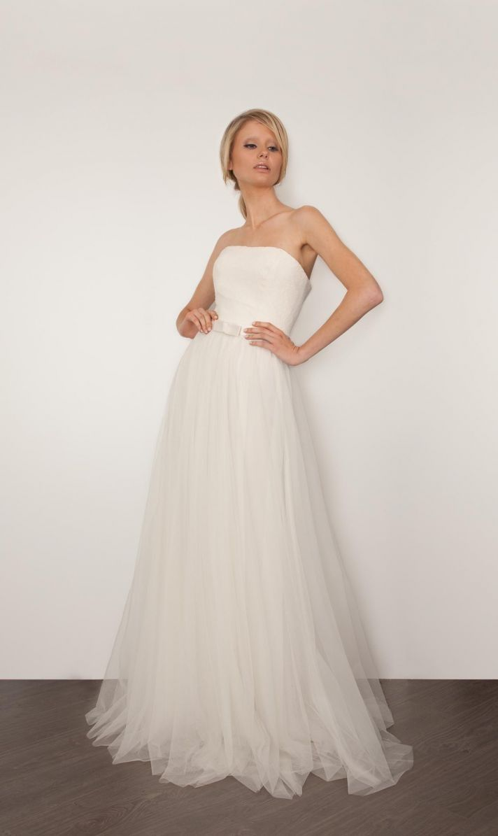 Wedding Dresses from @Sarah Chintomby Janks mariée, bride, mariage, wedding, robe mariée, wedding dress, white, blanc
