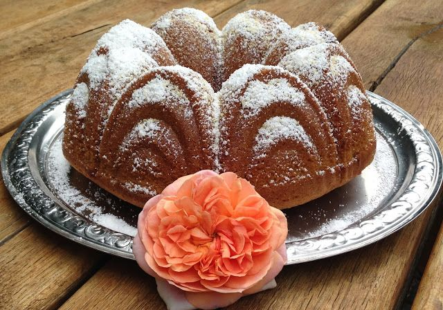 Eierlikörkuchen mit frisch gemahlenem Kamut - Kranzform- von auchwas Blog -  #Frischgemahlen, #Kamutmehl, #Backen, #Eierlikör, #Kuchen