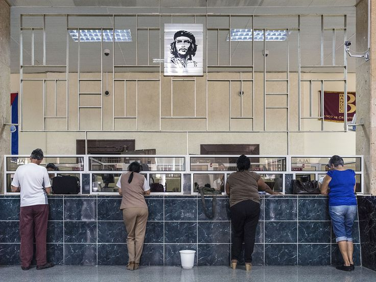 Cienfuegos, Cuba 2015. Book 'Cuba, La Lucha'.