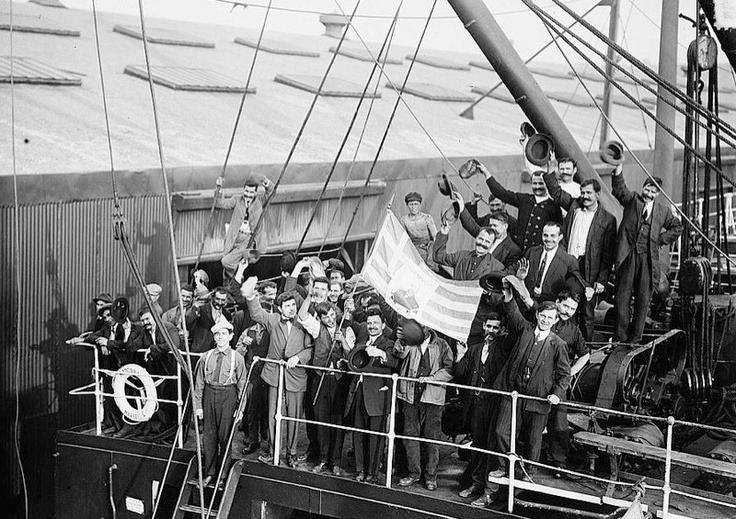 Hellenic Genealogy Geek: Photograph - 1912 - Greek Immigrants Leaving New York City on MADONNA to Return to Greece to Fight in Balkan War