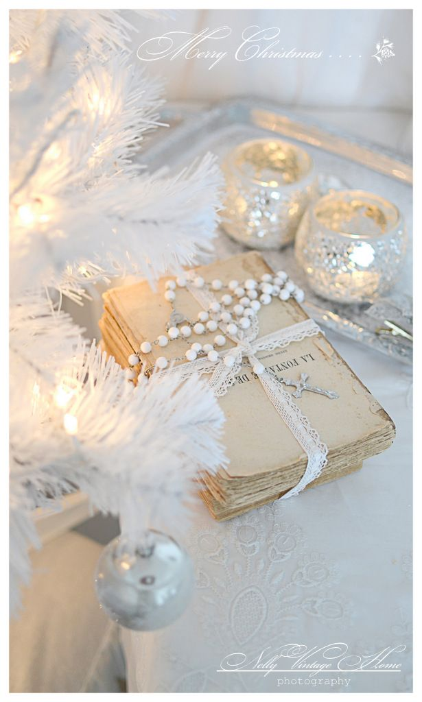 Use old Christmas novels as decor or menu covers