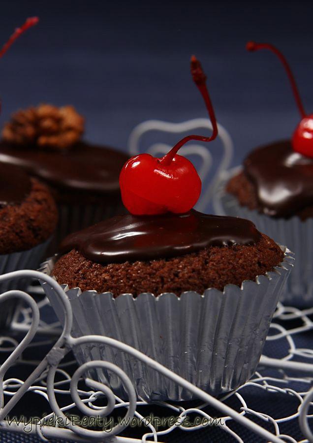 devil's cupcakes