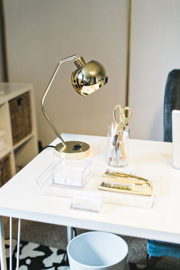 sophisticated desk decor #hometour #office #theeverygirl
