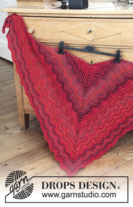 """""""Deck the Shoulders"""" - #Christmas #shawl with wave pattern and stripes. Free #knitting pattern by DROPS Design"""