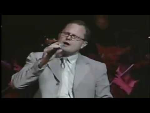 Dios de Pactos - Marcos Witt, he is one of my very favorite worship leaders of latin descent . . .