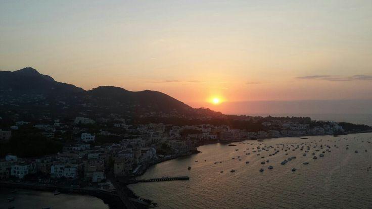 Arriva il fresco... buona serata a tutti :) #ischia #ischiaponte