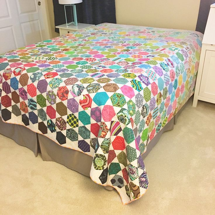 EpicTulaPinkQuilt is done. It's king size, but the