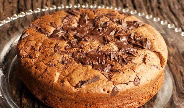 Torta de tiberio Sin Gluten. Exquisita, húmeda y extrañamente ligera.