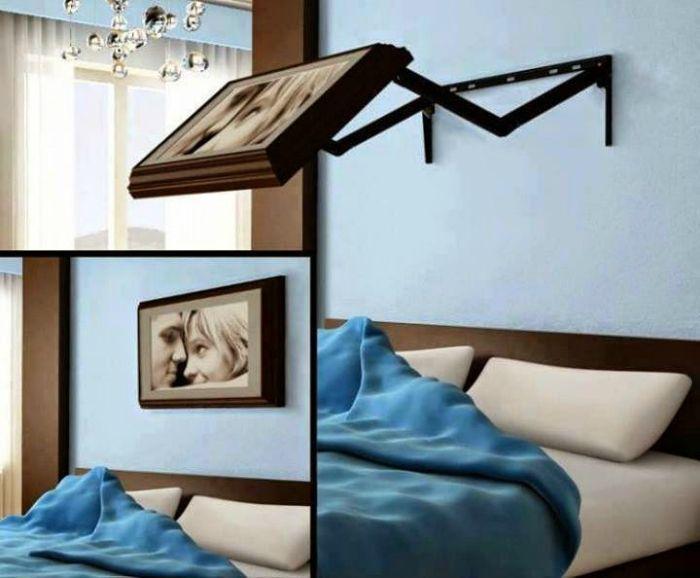 Скрытый телевизор в спальню.