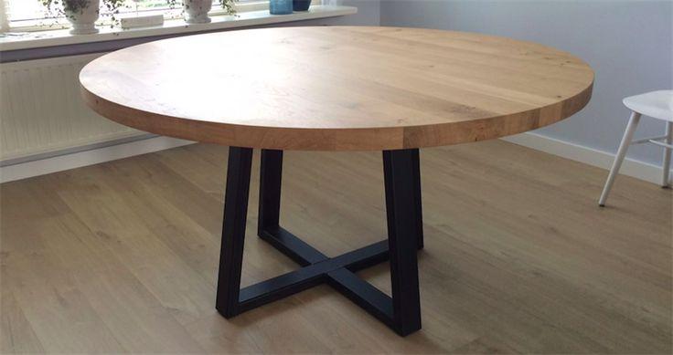 25 beste idee n over ronde tafels op pinterest ronde - Laag rots glazen tafel bobois ...