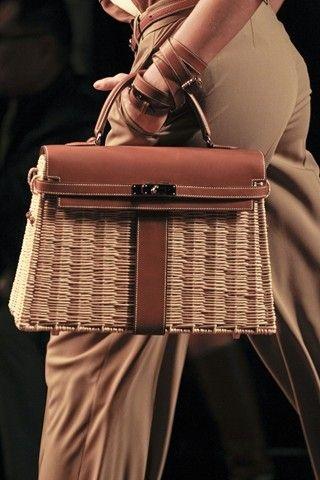 エルメス カゴタイプのケリーバッグ