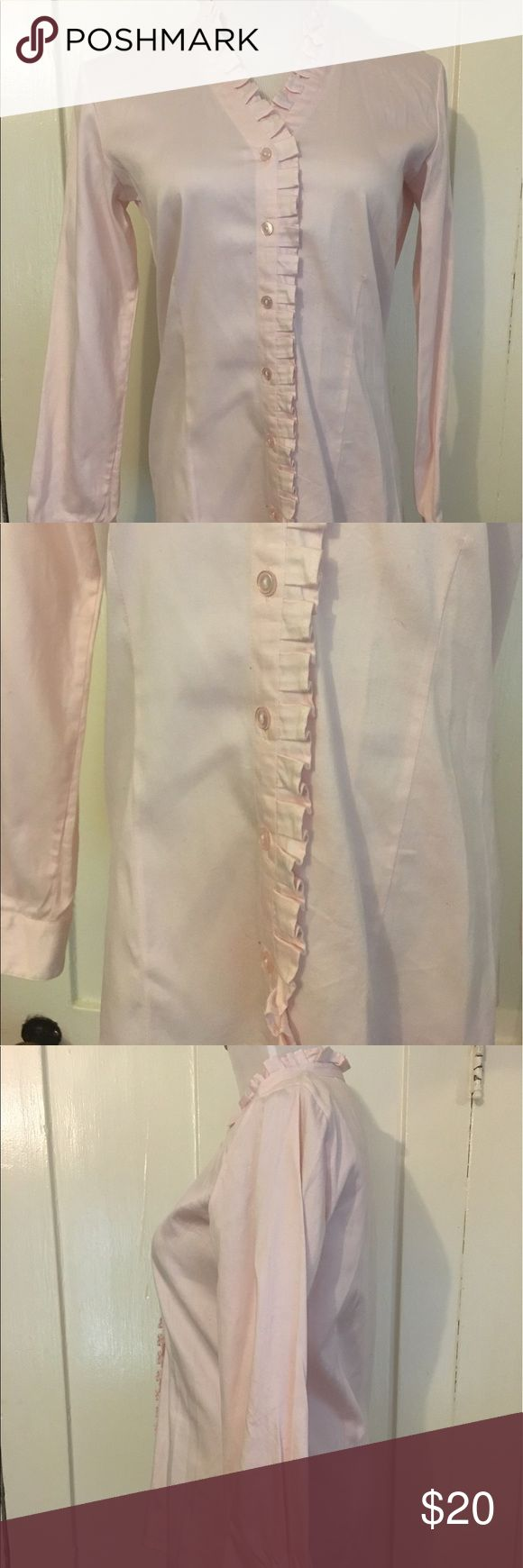 Chico's Sz 0/SM Pale Pink Stretch Cotton Ruffled Great tailored Blouse with Ruffled trim. Longer length for tucking in. No amaze at all. Stretch cotton so doesn't wrinkle too badly. Chico's size 0 is a size 6ish. Chico's Tops Button Down Shirts