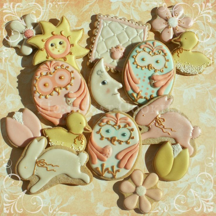 Spring, Easter and Baby cookie set with Egg Owls. Great tutorial video at Honeycatcookies.blogspot.co.uk - just amazing.