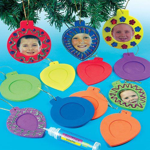 Moosgummi Bilderrahmen Weihnachtskugeln für Kinder zum Basteln und als Baumschmuck - Weihnachtsdeko (12 Stück)
